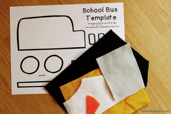schoolbusfeltie